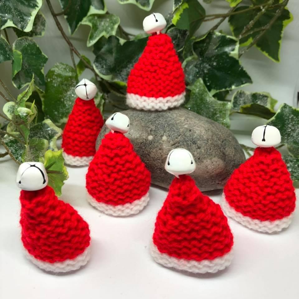 Christmas Knitting Patterns For Ferrero Rocher.Item 25 Set Of Six Cute Christmas Hats